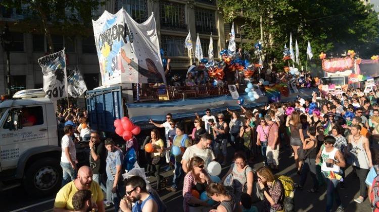 Los Gays en contra de Macri (Marcha gay)