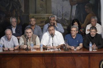 """La CGT a Macri: """"Se puso contento porque estaban trabajando, nosotros estamos tristes por los que no tienen trabajo"""""""
