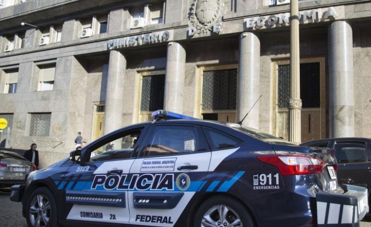 Allanaron dependencias oficiales por presuntas maniobras en ANSeS