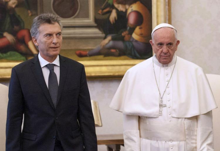 El Papa pidió a Macri trabajar