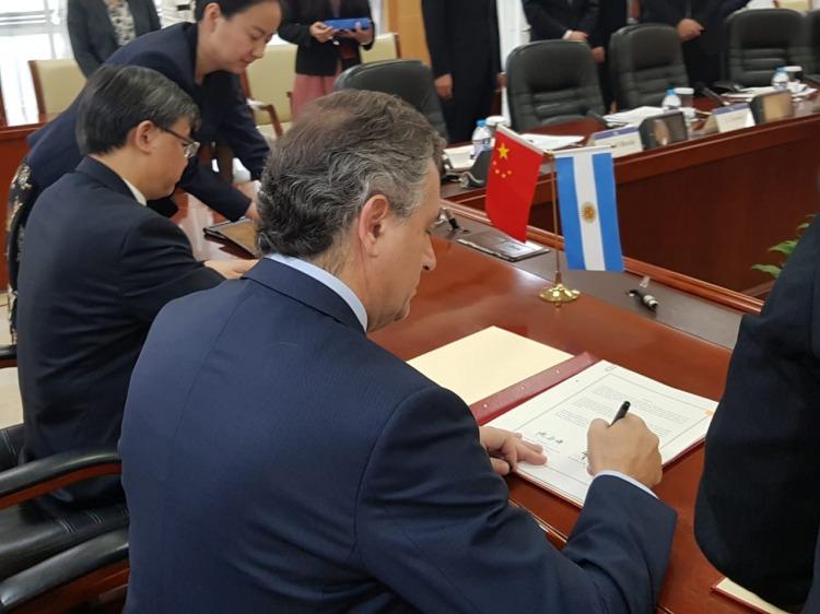 Agroindustria acordó la exportación de carne vacuna a China