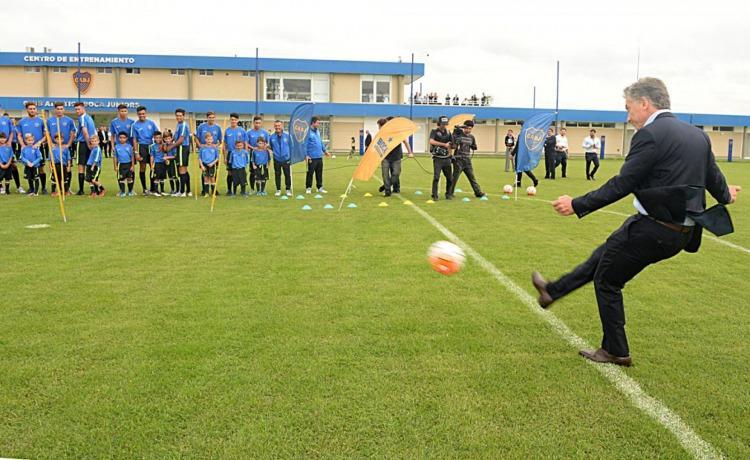 Mauricio Macri, el dueño de la pelota