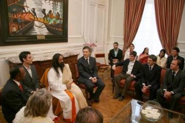 Sri Sri Ravi Shankar, la solución de Vidal para los problemas carcelarios