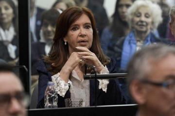 Juicio oral: Cristina pidió apartar por troll macrista y anti K al perito designado por la justicia