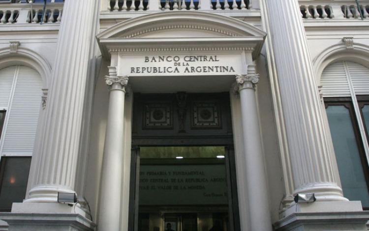 La Argentina redujo la deuda pública en 12.810 millones de dólares