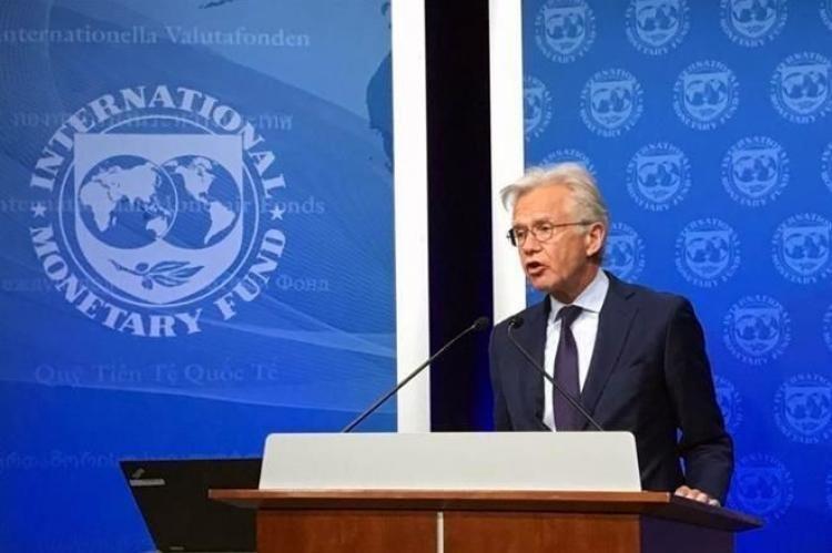 Lacunza viajará a Washington y podría reunirse con el FMI