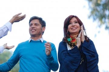 """Kicillof cerró su campaña acompañado por Cristina: """"No se puede gobernar el país y la Provincia como una empresa"""""""