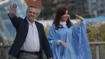 Alberto y Cristina invitan a los argentinos a celebrar el 10 de diciembre