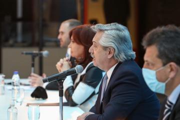 Alberto y Guzmán anunciaron que la Argentina logró reestructurar el 99% de la deuda bajo ley extranjera