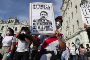 Crisis en Perú: Manuel Merino renunció como presidente interino con dos muertes confirmadas en las protestas