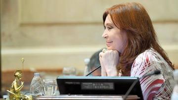 Pese a la pandemia, Cristina ya superó en cantidad de sesiones a los cuatro años de Michetti