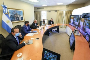Alberto convocó a la Mesa contra el Hambre y anuncia ayudas económicas y sociales