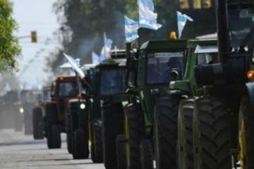 Con el epicentro en San Nicolás y la participación de un movimiento antivacunas, el Campo convocó a un nuevo banderazo