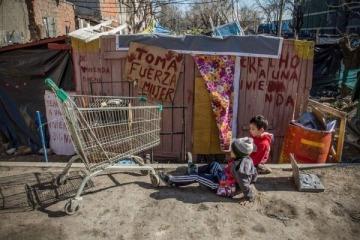 Cien familias reclaman asistencia al Gobierno de la Ciudad para afrontar el pago de los alquileres