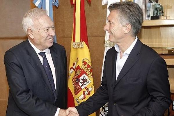El ministro de asuntos exteriores de espa a le sugiri a for Exteriores espana