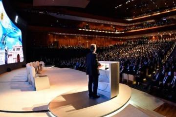 """Para Reuters, los CEOs """"aplauden las reformas en Argentina pero en su mayoría esperarán para invertir"""""""