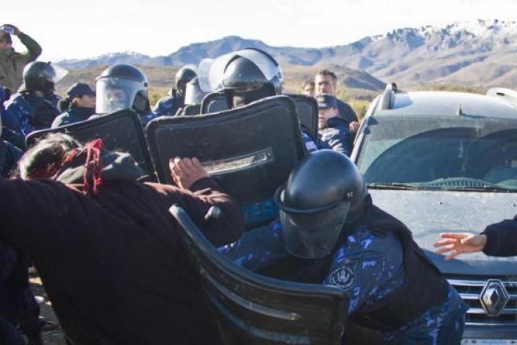 Resultado de imagen para represion gendarmeria mapuche