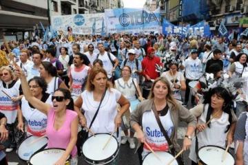 Se intensifica el conflicto entre los docentes y Vidal: peligra el inicio de clases