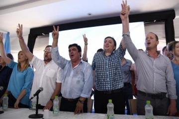 El PJ bonaerense llamó a derrotar a Macri y reivindicó los gobiernos de Néstor y Cristina Kirchner