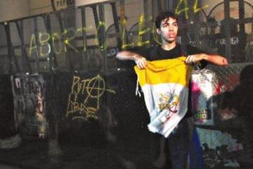 El provocador que desató los incidentes en la marcha del 8M pertenece a Cambiemos