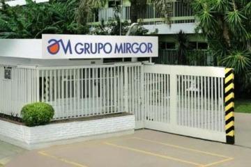 Tierra Del Fuego: Macri subsidió a una empresa de su mejor amigo y ahora despedirá gente