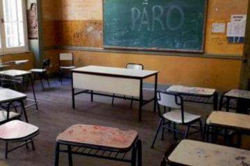 """El ministro de Economía de Vidal dijo que por ahora """"no tiene salida"""" el conflicto docente"""