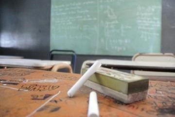 La Justicia falló a favor de los docentes y ordena devolverles los descuentos