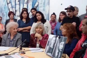 """Abuelas oficializó la restitución del Nieto 122: """"Muestra que los juicios son fundamentales y el Estado debe acompañar"""""""