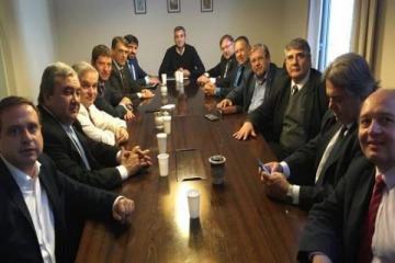Randazzo candidato: se reunió con el Bloque Justicialista y sumó a su equipo a Alberto Fernández