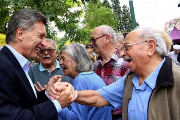 El Gobierno admitió que prepara una reforma previsional y podría haber cambios en las condiciones para jubilarse