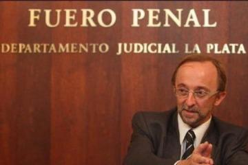 Tras las amenazas y el ataque en su despacho, tiroteo entre un custodio del fiscal Cartasegna y dos desconocidos