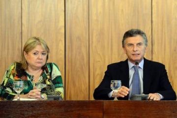 """Aunque Macri dijo que confía en las instituciones de Brasil, para Malcorra """"hay una situación institucionalmente muy compleja"""""""