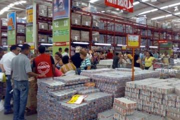 Debido a la crisis económica, creció un 30 por ciento la compra de particulares en comercios mayoristas