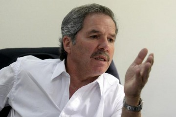 "Felipe Solá duro contra Marcos Peña: ""Jamás administró ni un kiosco"""