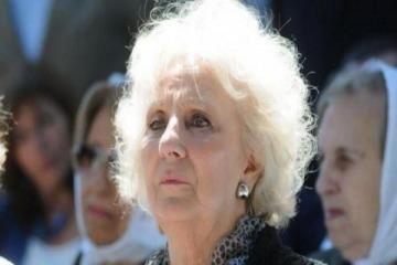 Estela de Carlotto comparó a Macri con Videla