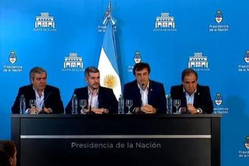 Marcos Peña anunció que los funcionarios que son precandidatos dejarán el Gobierno