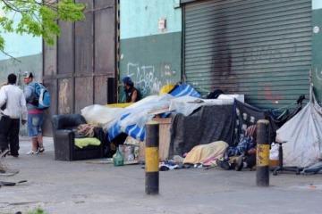 El macrismo admitió que creció 20% la gente en situación de calle en Capital Federal