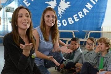 """Vidal lleva """"minions, pitufos y trolls"""" a municipios gobernados por Cambiemos"""
