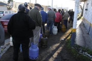 """Diputados del FpV pidieron declarar como """"servicio público"""" la venta de gas en garrafas"""