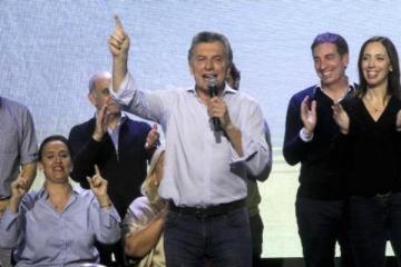 """Macri: """"En octubre ganamos caminando"""""""