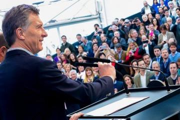 """Macri: """"Nos está yendo bien, bajó la inflación y crecieron la industria y la construcción"""""""