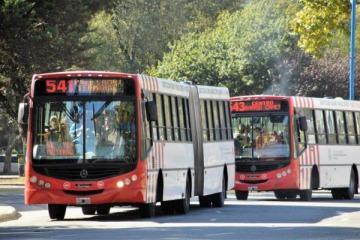 El Gobierno confirmó que el año que viene volverá a aumentar el transporte público