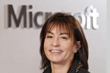 La funcionaria ex Microsoft que organiza reuniones entre la empresa y el Gobierno para cerrar contratos millonarios