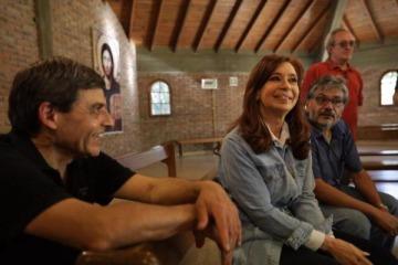 Cristina le dijo sí al debate en la universidad pública