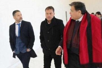 Dos intendentes oficializaron sus candidaturas para presidir el PJ bonaerense y estalló Duhalde