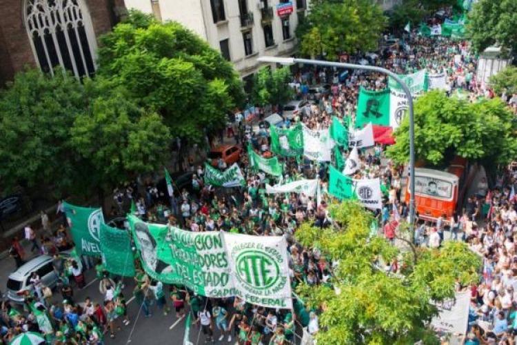 Argentina: Marcha contra la reforma laboral y previsional