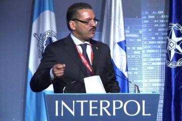 Interpol desmintió a Bonadío y aseguró que nunca ordenó levantar las alertas rojas