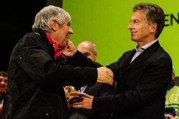 Acercamientos entre Macri y Hugo Moyano  antes del debate por la reforma laboral