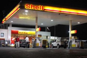 Las petroleras privadas subieron los precios de los combustibles