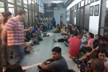 Directivos del diario Hoy confirmaron 45 despidos